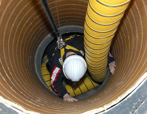 Confined Space Entry | Safety Services Manitoba